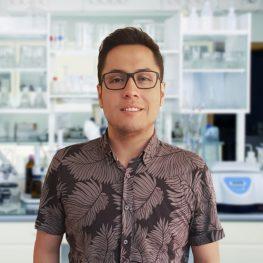 Dr Cristian Campos
