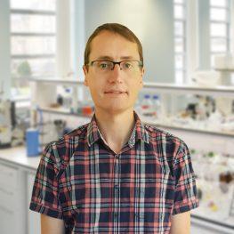 Dr-Esteban-Vohringer
