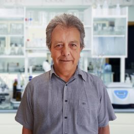 Dr-Nazmy-Reyes