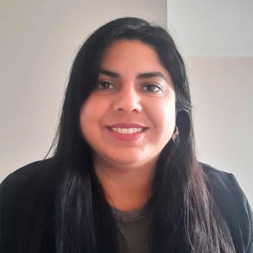 Yasnina-Olivares-Visnola
