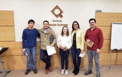 Estudiantes del IUT de Lannion exponen la investigación realizada durante su estadía en la Facultad de Cs. Químicas