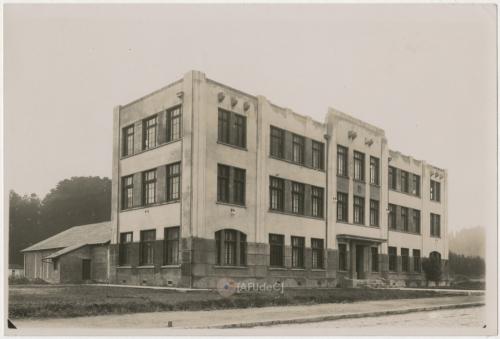 Escuela de Química Industrial