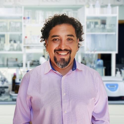Académico de Ciencias Químicas fue distinguido en los Premios Ciencia Con Impacto